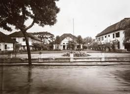 Bangunan yang digunakan untuk Makodim 0612 Tasikmalaya pada tahun 1920-an  (koleksi Tropen Museum)