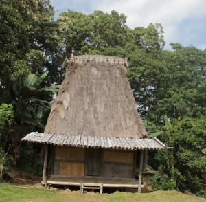rumah adat untuk remaja