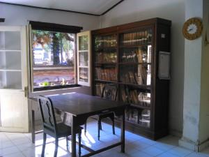 Ruang 2 sekaligus ruang baca