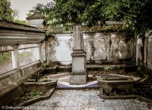 Makam Van Der Ham