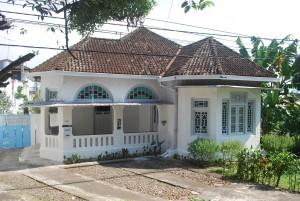 11_73_SLT_SRV_2015_D 0528 Rumah tinggal jl . Diponegoro no. 21-23