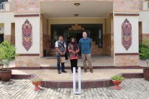 Foto Bersama Kasubbag TU Balai Pelestarian Cagar Budaya Kalimantan Tmur