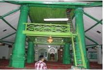 empat tiang utama di dalam masjid al makmur
