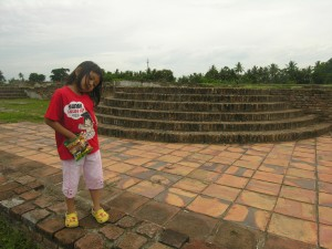teras berundak di Keraton Surosuwan