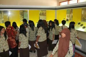 Pengunjung Museum Majapahit