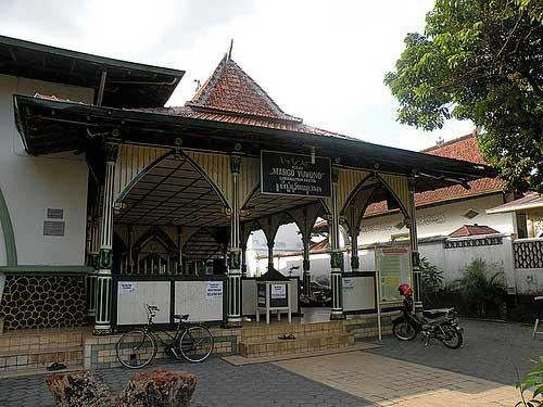 Masjid-Margoyuwono