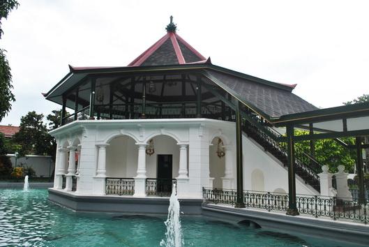 Balekambang yang terdapat di Pesanggrahan Ambarrukma (Foto dok. BPCB D.I. Yogyakarta)