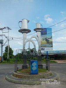 Tugu Manggar, Kota 1001 Warung Kopi