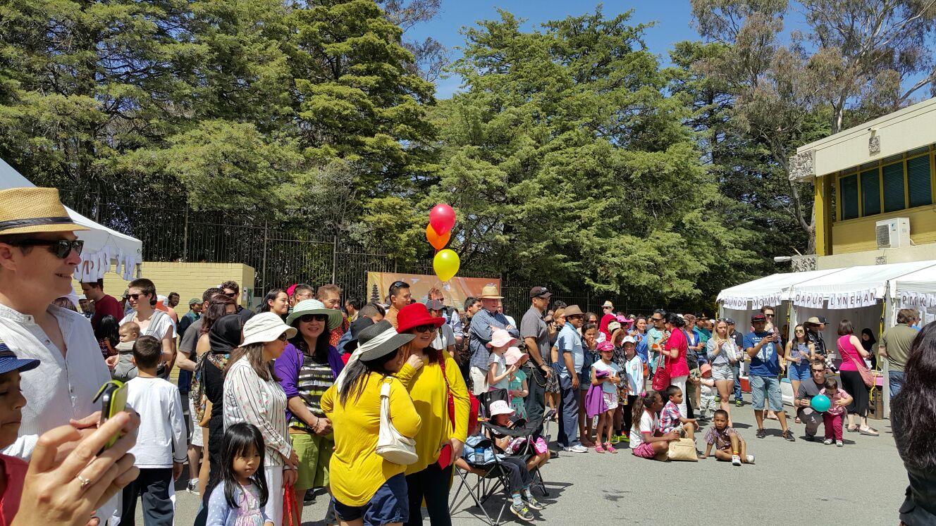 pengunjung festival indonesia di Canberra