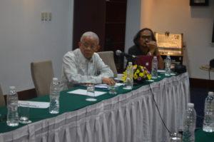 Arif Rahman, Ketua KNIU (kiri)