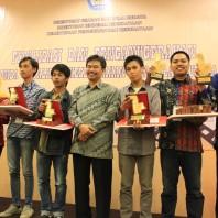 Foto Bersama dengan pemenang kategori perekaman film Dok