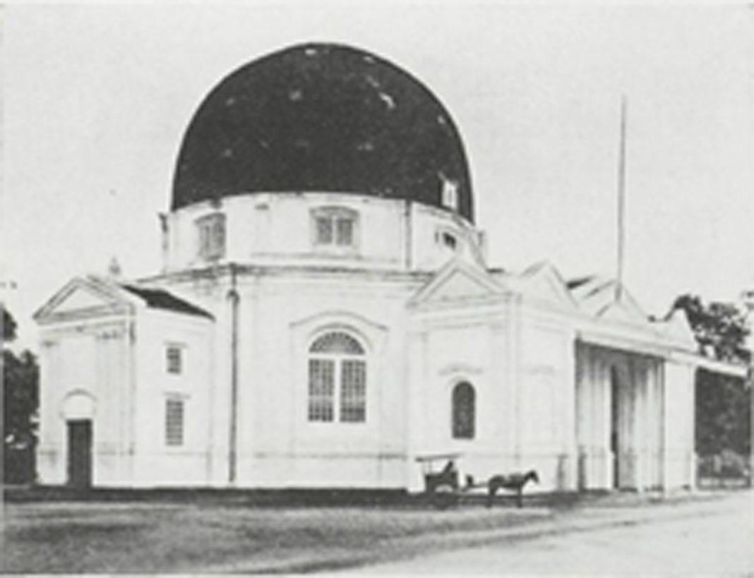 Foto lama Gereja Blenduk sebelum direhabilitasi (Sumber : Locale Techniek, 1939, Vol. 008, Issue 6)