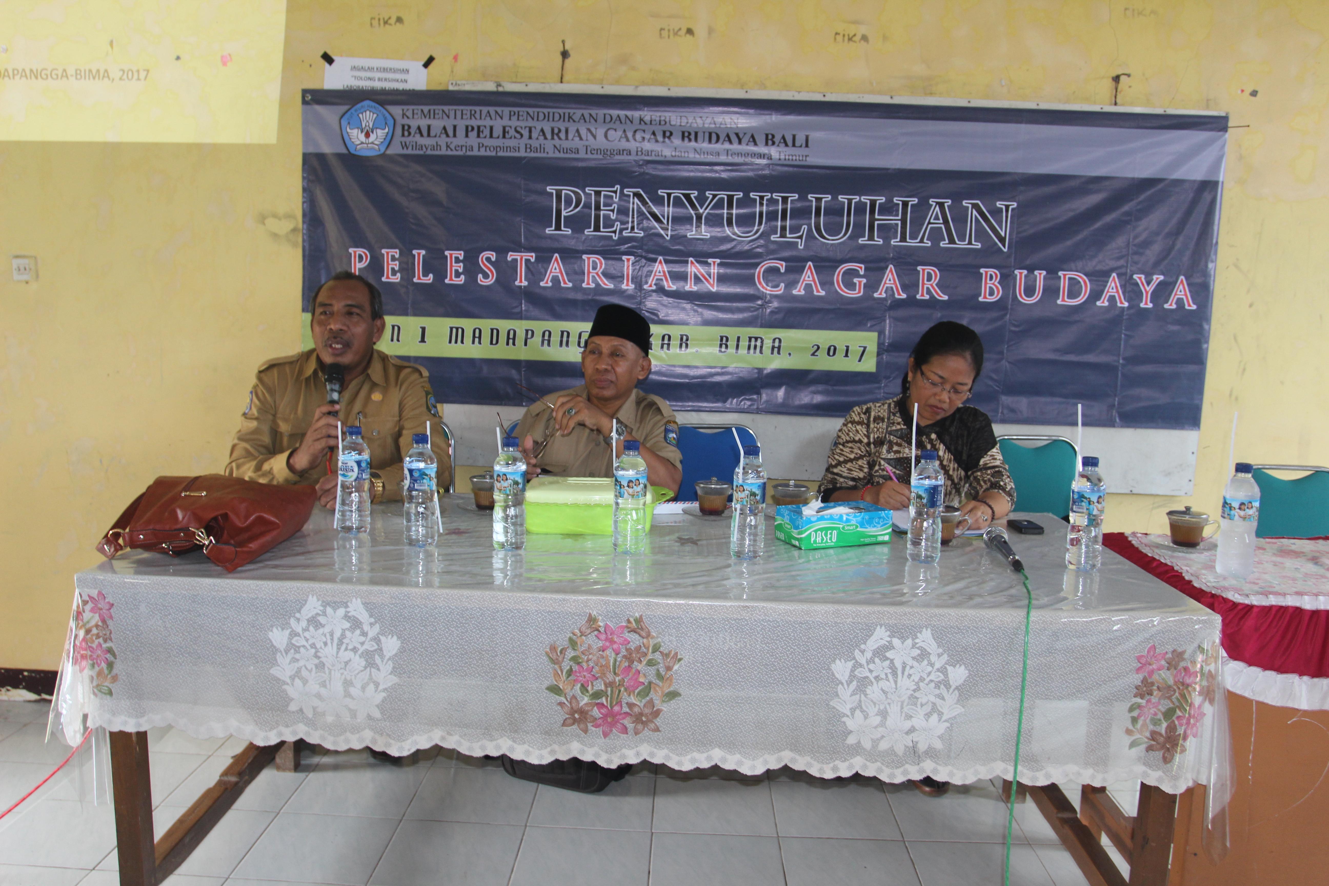 Read more about the article Antusias Murid dalam Penyuluhan Pelestarian Cagar Budaya di SMA 1 Madapangga-Kabupaten BIMA
