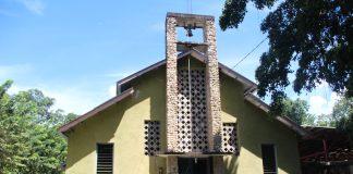 Gereja Noemuti Tampak Depan