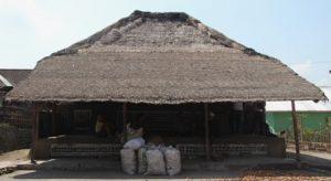 Read more about the article RUMAH ADAT LANGGAR TUA KARANG BAYAN LINGSAR