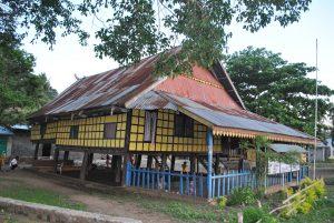 Read more about the article Situs Rumah Adat Watang, Alor, NTT