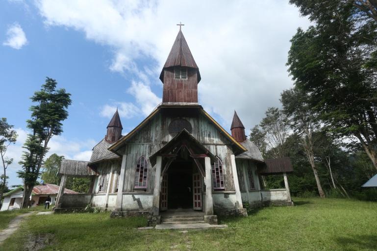 Read more about the article Situs Gereja Paroki Santa Theresia Lengko Ajang