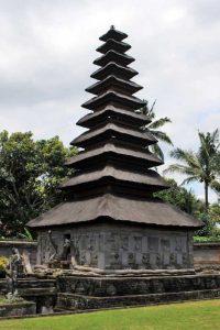 Read more about the article Kegiatan Evaluasi Pemugaran Meru Tumpang Sebelas dan Sembilan di Situs Pura Taman Sari Klungkung
