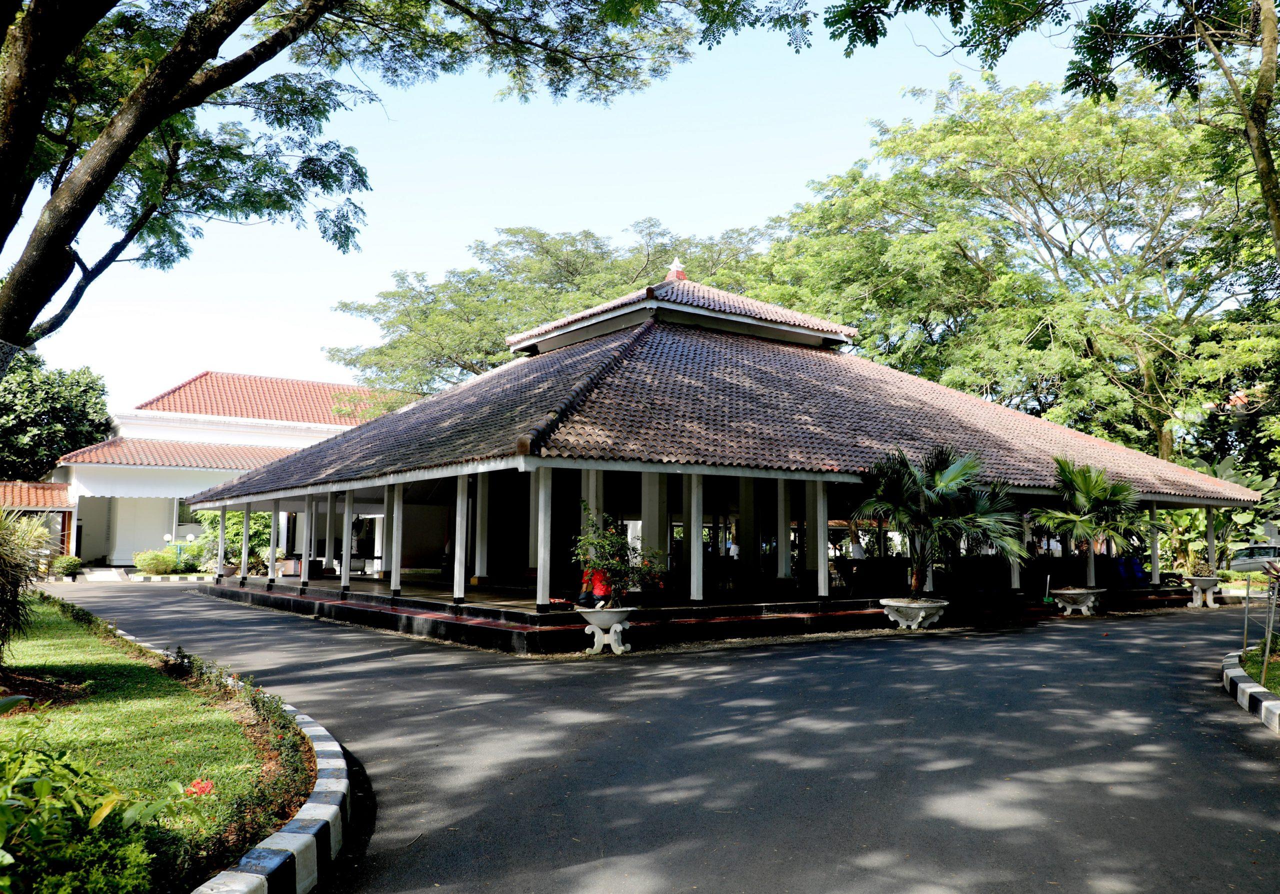 Read more about the article Rumah Dinas Bupati Lebak (Residentie Regent Shapen Van Lebak)