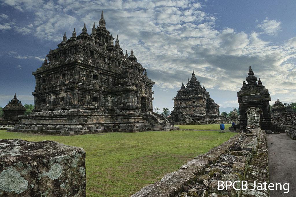 You are currently viewing Jawa Tengah Sebuah Potret Warisan Budaya, Masa Pengaruh Hindu Budha