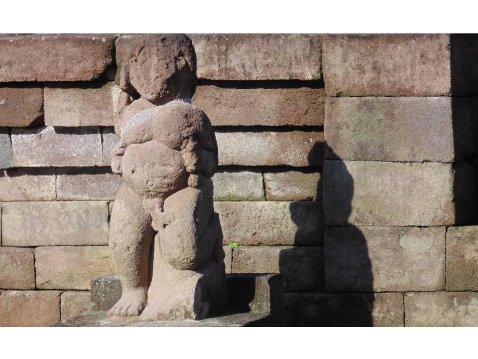 You are currently viewing Ragam Tema Ornamentasi, Kepala dan Genitaalia, Jawa Tengah Sebuah Potret Warisan Budaya