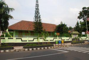 Read more about the article SD 02/09 Salatiga, Penanda Kota Modern