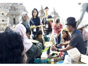 Read more about the article Candi Plosan Menjadi Spot Lukis Sang Maestro Terkenal Indonesia