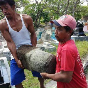 Read more about the article BPCB Jateng Amankan Lingga Patok Berprasasti di Desa Baturan