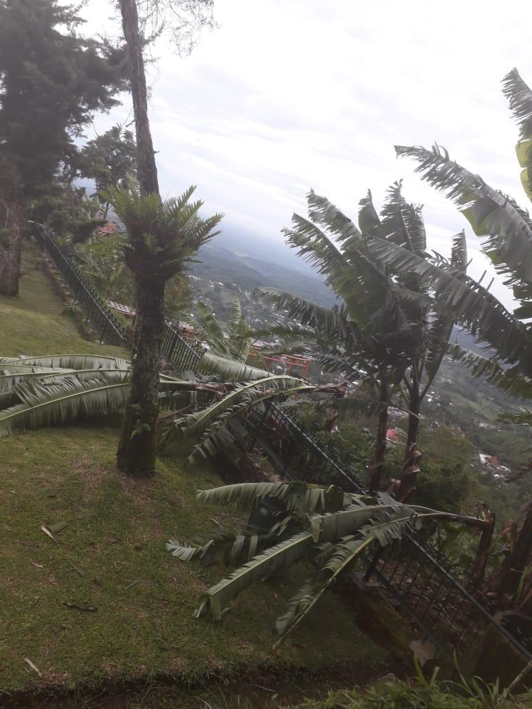 You are currently viewing Situs Candi Sukuh dan Kawasan Candi Gedongsonggo Terkena Dampak Cuaca Ekstrim