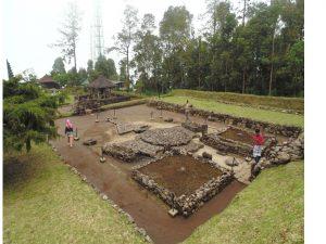 "Read more about the article ""Cagar Budaya Nasional Jawa Tengah"" Bagian IX Candi Cetho"