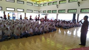 Read more about the article SMA Muhammadiyah I Karanganyar Kunjungi BPCB Jateng