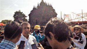 Read more about the article Cegah Corona, Candi-Candi di Jawa Tengah Disemprot Disinfektan