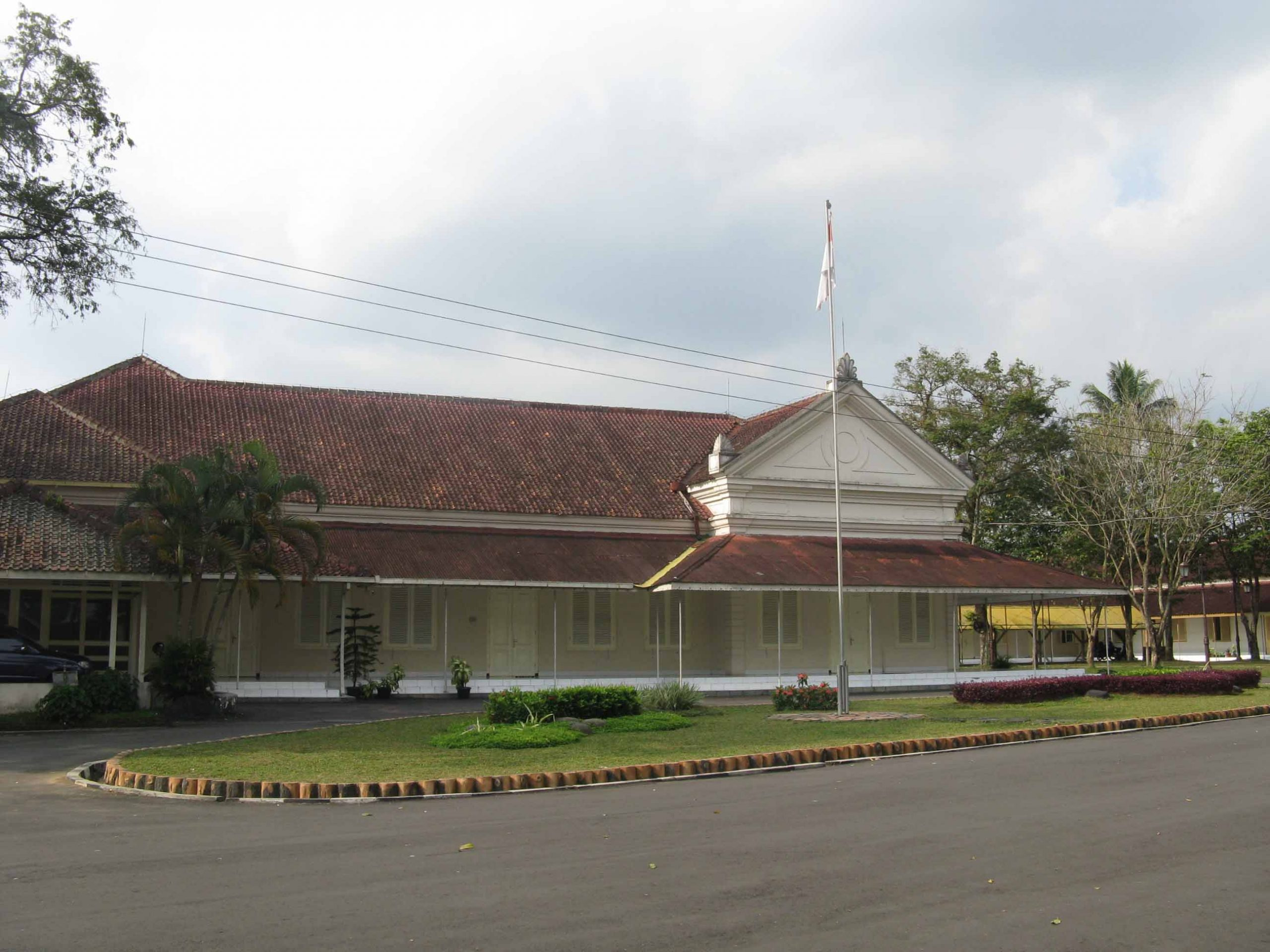You are currently viewing Rumah Dinas Residen Kedu