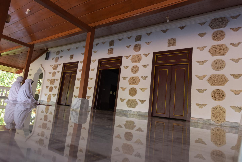 Read more about the article Ragam Tema Ornamentasi, Ikan dan Ketam Jawa Tengah Sebuah Potret Warisan Budaya
