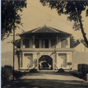 Read more about the article Benteng Vastenburg: Bangunan Kokoh di Pusat Kota Surakarta