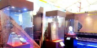 beberapa koleksi di stand museum majapahit