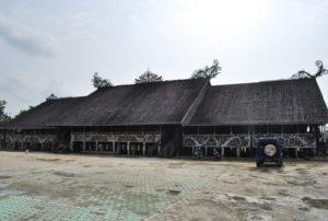Read more about the article RUMAH ADAT LAMIN MANCONG KEL. MANCONG KEC. JEMPANG