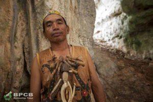 Read more about the article Sosok Minggu Ini (Putra Asli Dayak Basap Sang Penjelajah Karst Sangkulirang-Mangkalihat)