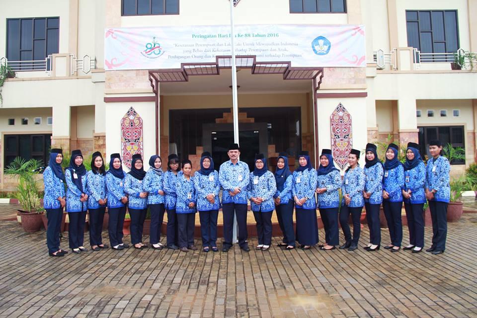 "Read more about the article Upacara peringatan ""Hari Ibu Ke-88"""