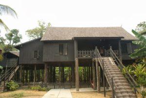 Read more about the article Rumah Betang Desa Buntoi