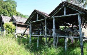 Read more about the article Rumah Mayat (Kulambu) Tradisional Dayak Taman, Kalimantan Barat