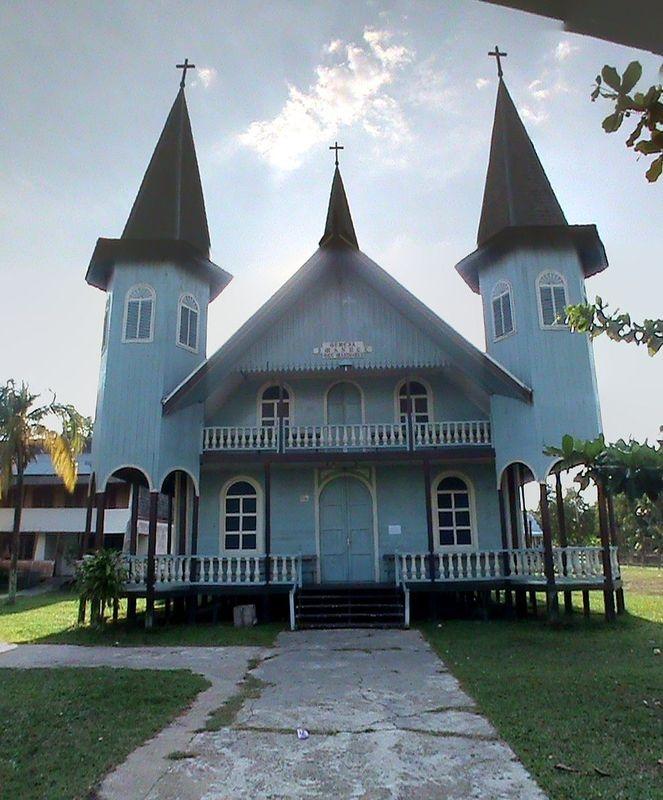 Read more about the article Gereja Imanuel Mandomai, Kalimantan Tengah