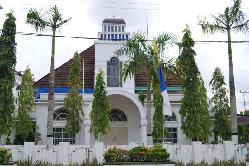 Gedung Bioskop Beralih Fungsi Menjadi Gedung Darma Wanita Panji Tenggaron