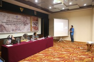 Read more about the article Penyusunan Naskah Nominasi Kawasan Karst Sangkulirang Menuju Warisan Dunia di Samarinda