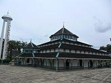Read more about the article Masjid Jami Adji Amir Hasanoeddin, Tenggarong, Kutai Kartanegara