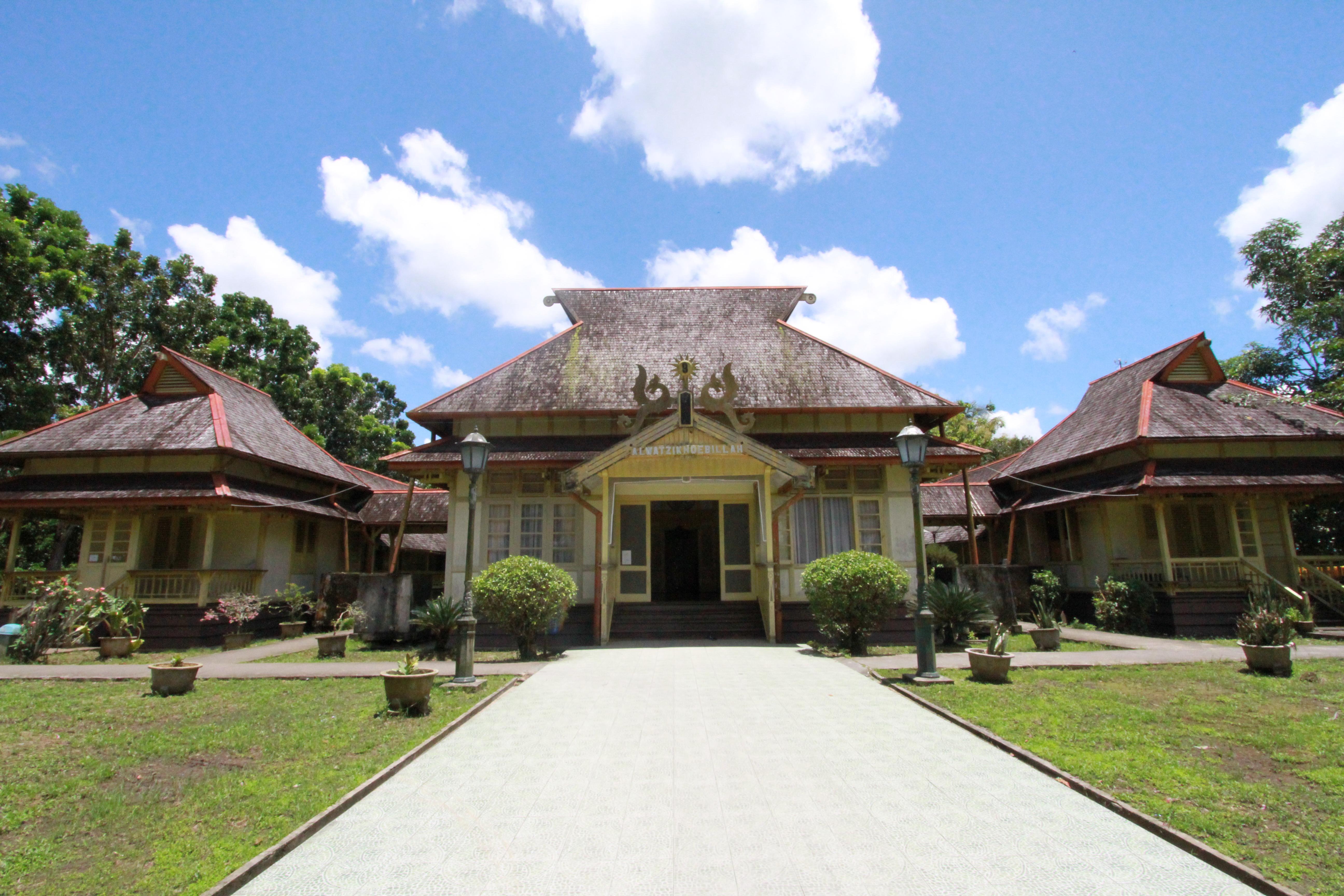 You are currently viewing Konservasi Keraton Sambas, Kalimantan Barat