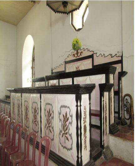 Gereja Tua Irene  Di Negeri Abubu