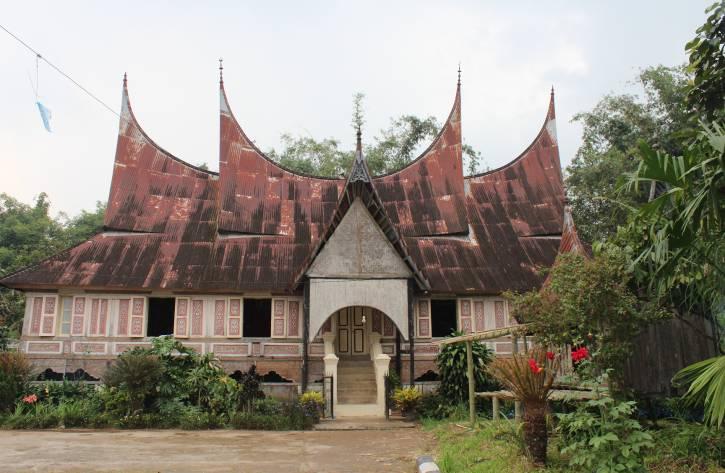 410+ Gambar Rumah Adat Sumatera Barat Rumah Gadang HD Terbaik