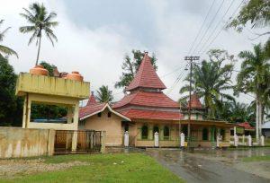 Read more about the article Masjid Tua Sentajo (Raudhatul Jannah) Kuantan Singingi