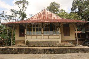 Read more about the article Rumah Adat Sinuruik
